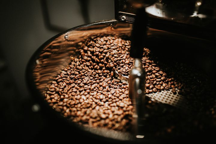 コーヒーは焙煎の度合で味が変わる?焙煎によるコーヒーの味の違い